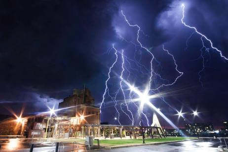 adelaide-lightning-storm-australia-october-2014-port-adelaide-sa